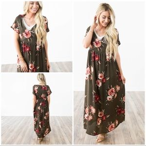 Dresses & Skirts - Olive green floral gathered maxi dress size XS